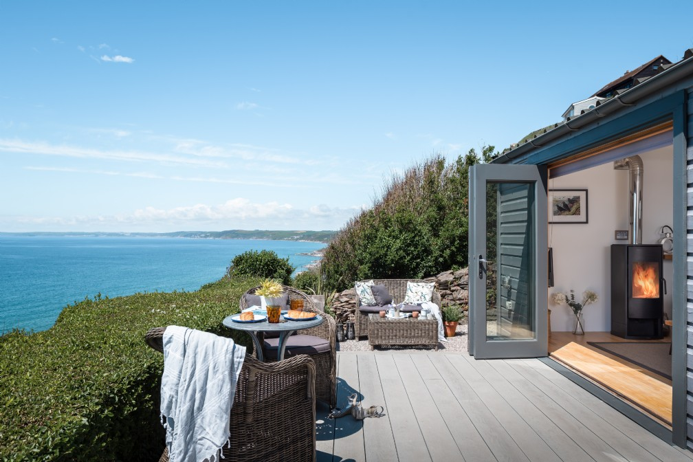 Breakers   Luxury Self-Catering Beach Chalet   Whitsand Bay