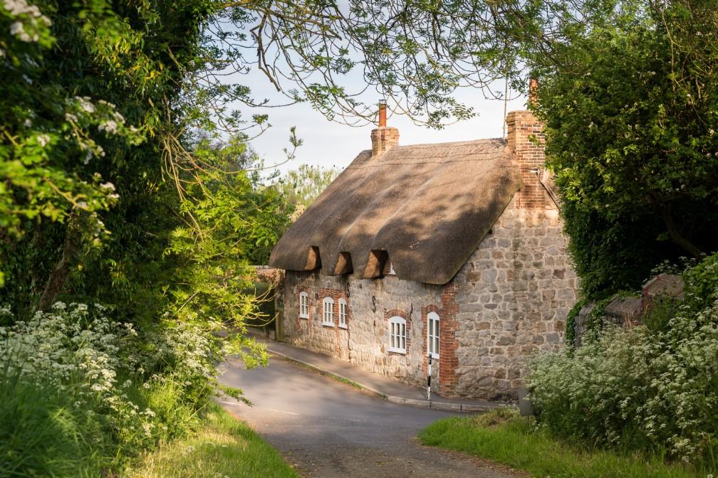 Faerie Door Cottage   Luxury Self-Catering   West Overton, Wiltshire