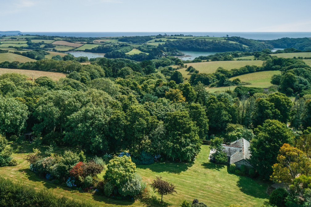 Spinnakers | Luxury Self-Catering Cottage | St Mawes, South Cornwall