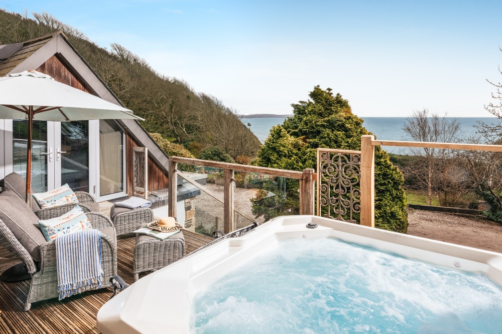 The Boat House | Luxury Self-Catering | Downderry, Cawsand