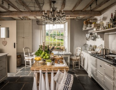 Luxury dog-friendly accommodation for families in The Lake District